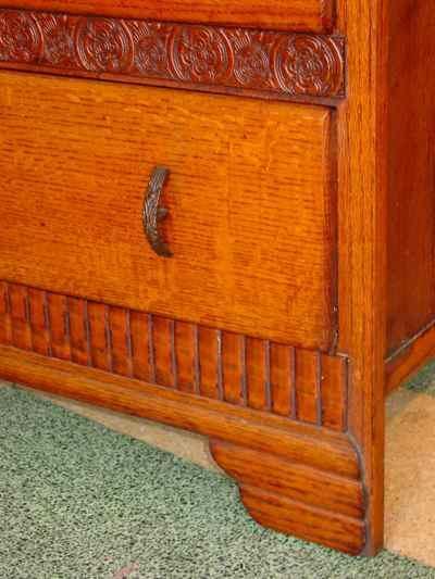 English Vintage 2 Drawer 1/4 Sawn Tiger Oak Chest of Drawers