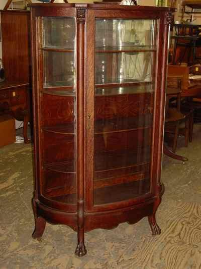 Antique Solid 1/4 Sawn Tiger Oak Bowfront Claw Foot China Cabinet