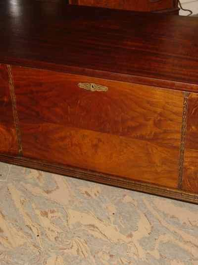 Ed Roos Company Solid Cedar Chest