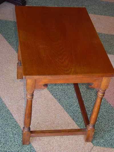 Set of 3 Solid Oak Nesting Tables