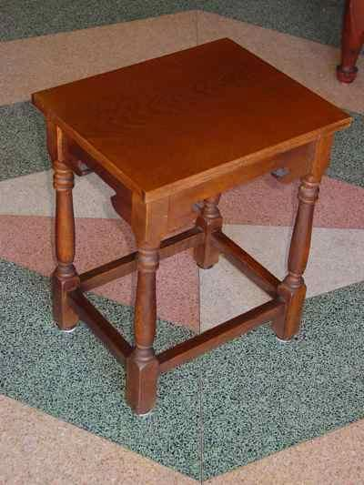 Set of 3 Solid Oak Nesting Tables