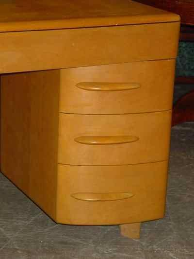 Heywood-Wakefield Solid Maple Wheat Kneehole Desk M320