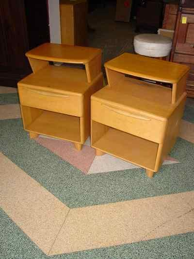 Pair of Heywood-Wakefield Solid Maple Champagne Deluxe Encore Night Stands M538
