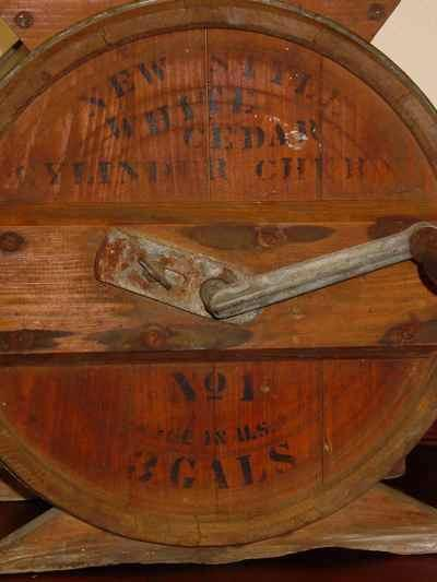 Antique New Style White Cedar 3 Gallon Cylinder Churn No 1