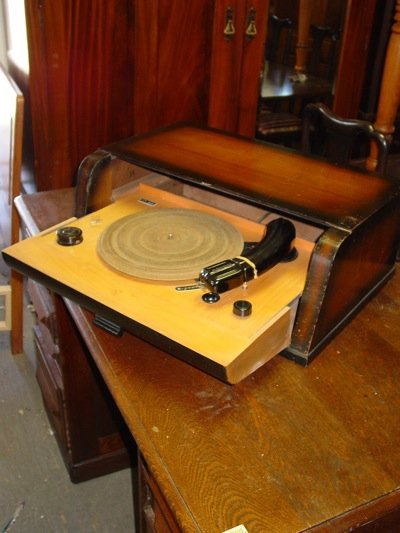 Supraphon Turntable in Walnut & Birch Cabinet