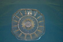 Depression Glass Luncheon Plate,  Columbia  Pattern
