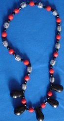 Designer's 50s Vintage Black and Red Plastic Beaded Necklace