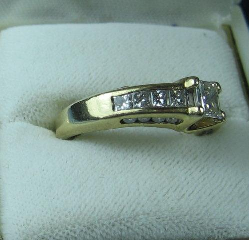 14k Yellow Gold Princess Cut Diamond Ring -  Estate Jewelry