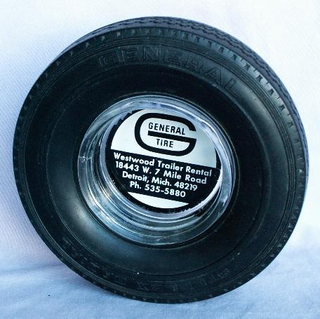 GENERAL TIRE Ashtray - Tobacciana
