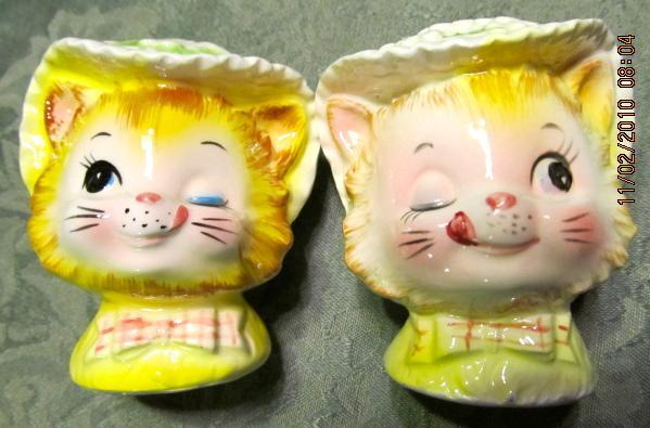 Winkin' Miss Priss Kitty ENESCO Salt + Pepper - Fine Porcelain