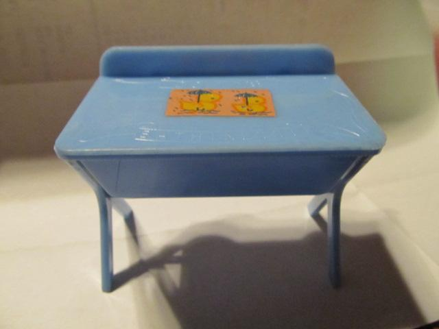 Renwal Bathinette Doll Furniture - Plastics