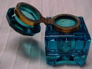 Footed Cut Glass Detailed Blue Inkwell   - Glass