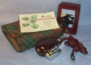 NORELCO SPORTSMAN Battery Opereated Electric Shaver in Original Pouch - Misc.