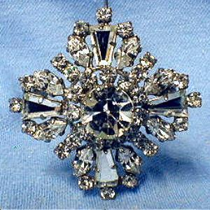 Jewelry  Designer Rhinestone Brooch pin - Vintage Costume Brooch