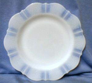 Depression glass  Cremax AMERICAN SWEETHEART Dinner Plate - Depression Era Glass