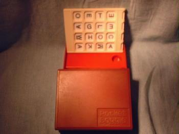 Pocket Boggle Game - misc