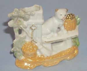 German Lustreware Porcelain SPILL HOLDER