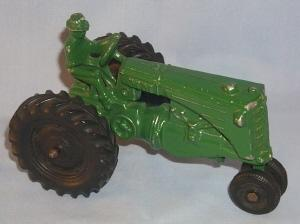Green MINNEAPOLIS-MOLINE Toy Tractor - Toys