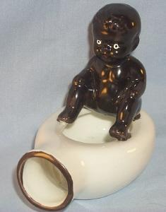 Occupied Japan BABY ON BEDPAN Porcelain Ashtray - Ethnographic