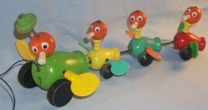 Fisher Price DUCK AND DUCKLINGS Pull Toy