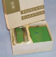 Unique Princess Gardner DUTCH GIRL Green Leather Cigarette Case and Lighter Set in Original Box - Tobacciana