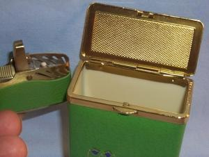 Unique Princess Gardner DUTCH GIRL Green Leather Cigarette Case and Lighter Set in Original Box - Tobacciana