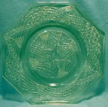 Vaseline green Glass Octagon Plate - Canary ROMANESQUE - L.E. Smith