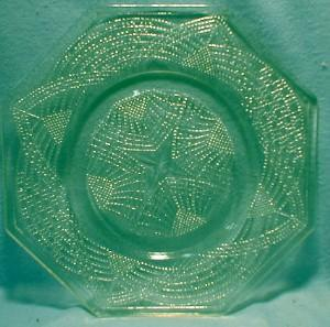 Vaseline Glass Octagon Plate - Canary ROMANESQUE - L.E. Smith