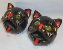 Pair of CAT HEAD Ceramic Ashtrays - Pottery
