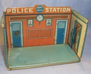 MARX Tin Litho HOME TOWN POLICE STATION Toys