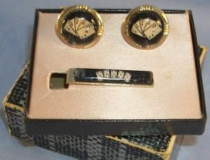ROYAL FLUSH Cuff Links and Tie Bar Set in Original Box - Jewelry