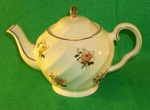 English Pottery porcelain Teapot