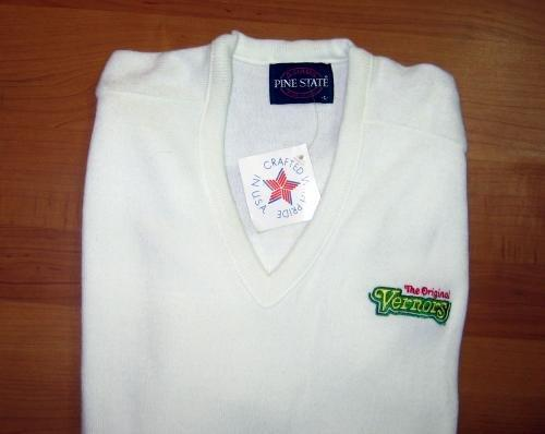 VERNORS Ginger Ale Golf Sweater  Large - NEW unused Vintage Advertising Ginger Ale Wearable