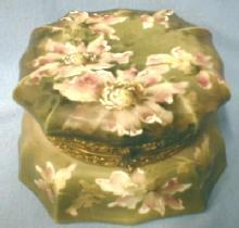 Wavecrest Nakara ~ Large Hexagon Covered Box - Antique Victorian Art Glass of CF Monroe
