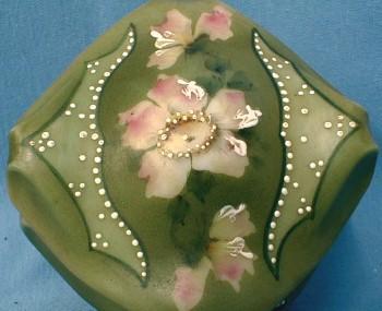 CF Monroe NAKARA Bishops Hat Covered Box  Wavecrest Wave Crest - Victorian Antique Art Glass