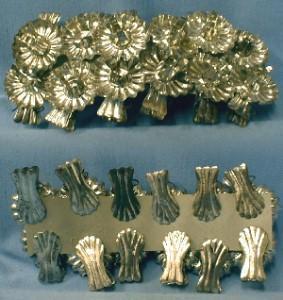 Christmas Clip Candleholder Group - Group 12 Tin - Misc