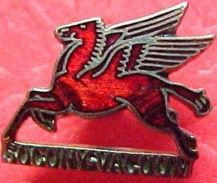 Enameled Mobilegas Pegasus Socony  Vacuum  - Metals/Buttons & Badges