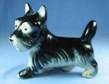 old SCOTTIE Dog Figurine - Vintage old Porcelain