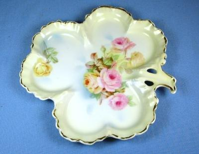 Royal Rudolstadt Pottery Clover Shaped Handled Dish - Shallow Prussia Porcelain Plate