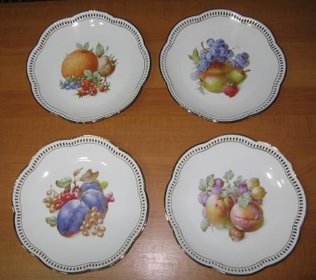 Schumann Pottery Porcelain Four Plate FRUIT Group