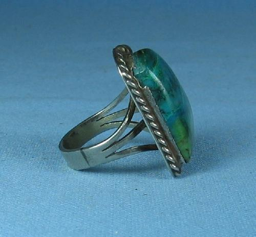 old vintage Native American Indian Turquoise & Silver RING - Antique Ethnographic Jewelry