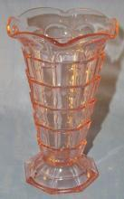 Excellent Pink TEAROOM Depression Glass Ruffled Edge Vase