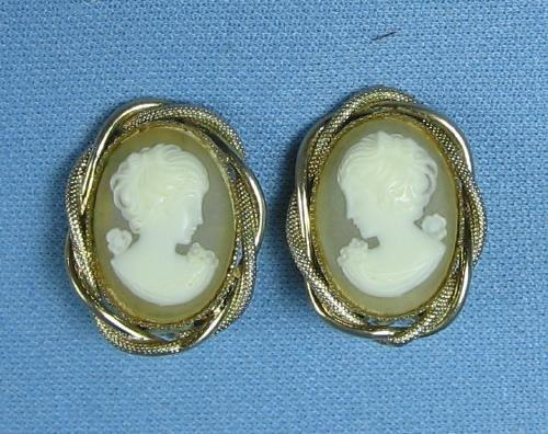 Jewelry   Faux Pearl Cluster & Rhinestone HATPIN Pair - Vintage ART DECO Jewelry