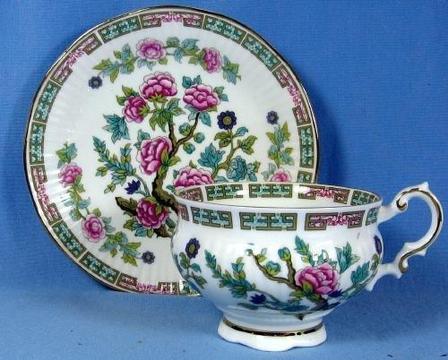 Pottery  Elizabethan Melon Shape Ribbed Cup & Saucer Indian Tree - Vintage porcelain