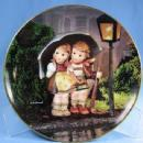 Limited Edition Hummel LITTLE COMPANIONS Porcelain Collector Plate