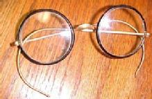 12K & Bakelite VINTAGE Eye Glasses SPECKS - Jewelry