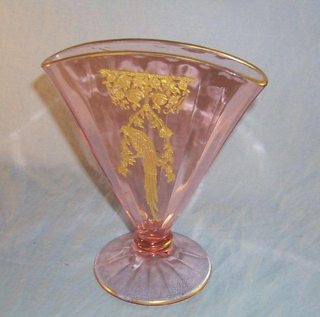 Pink Glass PARROT  Fan Vase