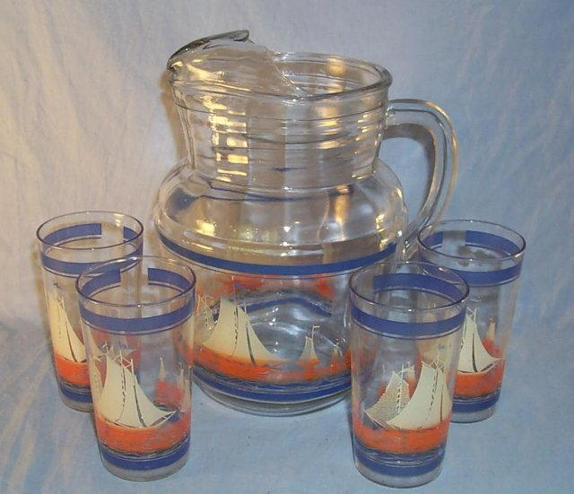Set SAILBOAT Depression Glass Pitcher and Four Glasses