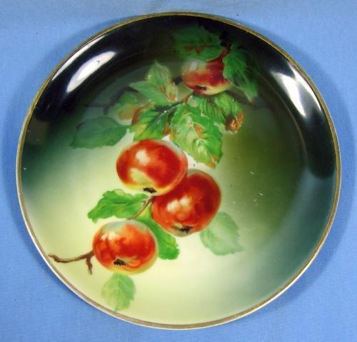 German  Hutschenreuther Gelb Hand Painted APPLE Porcelain Plate