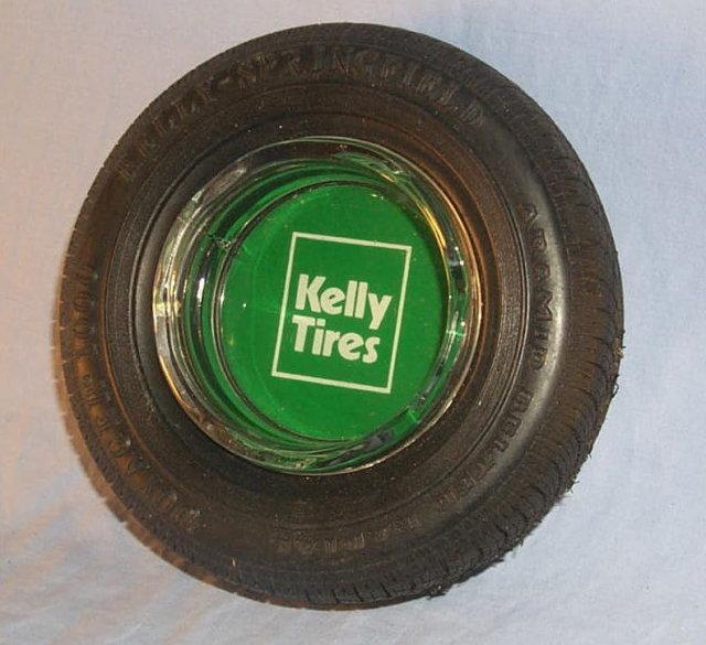 KELLY -SPRINGIELD Tire Ashtray - Tobacciana